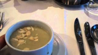 Крем-суп из фенхеля с жареным миндалем. Угощайтесь!