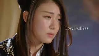 Video Empress Ki Kiss Scene | LovelyzKiss download MP3, 3GP, MP4, WEBM, AVI, FLV November 2018