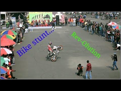 bike-stunt,-vlog,-rev-olution…