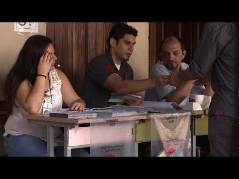 AFP news agency: Voting centers open for presidential elections in Paraguay