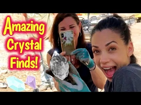 THE AMAZING TROPHY DIG! | Herkimer Diamond Mining | Quartz Crystal Digging