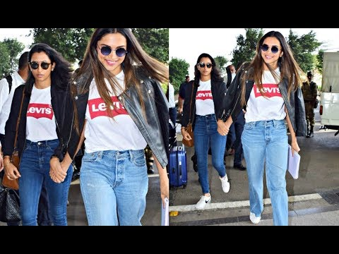 Deepika Padukone And Her Sister Anisha Padukone In Same Look At Airport