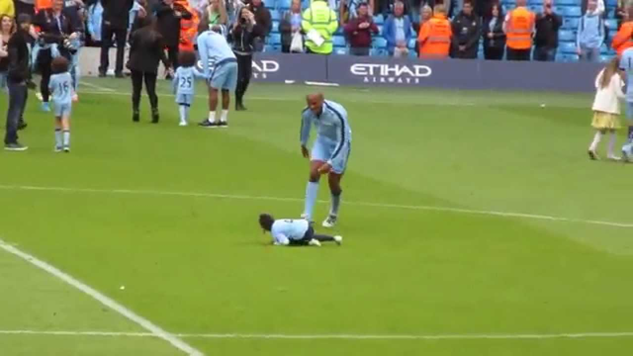Vincent Kompany Taking Out His Daughter With A Slide