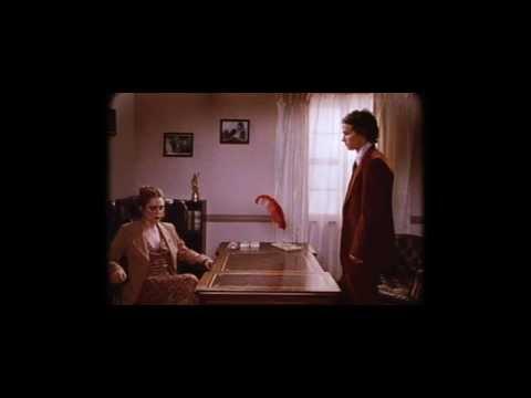 Лесбийская Сцена В Бассейне С Дениз Ричардс И Нив Кэмпбелл – Дикость (1998)