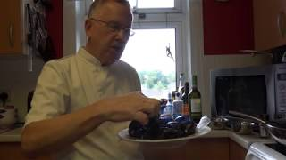 How to cook delicious  Moules Mariniere . Crazy Chef, Triangulum Galaxy Productions