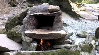 Bushcraft Steinbackofen / Bushcraft Stone Oven