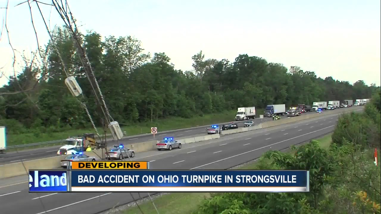 Crash on Ohio Turnpike in Strongsville claims the lives of two children