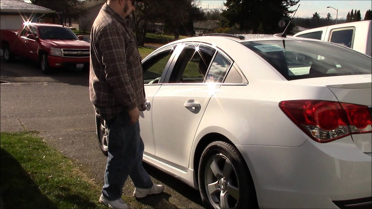 Avs In Channel Window Visors On A 2014 Chevy Cruze Youtube