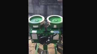 トーアスポーツマシーンの練習用機器ピッチングマシン(ベースボールマ...