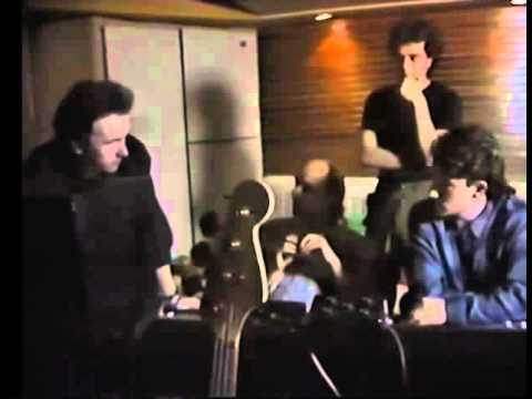 U2 - The Making of: The Unforgettable Fire - Documentary (1984)