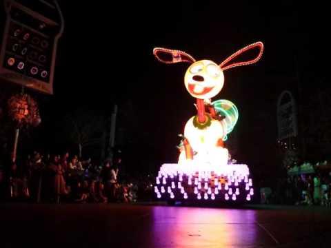 Paint The Night Parade @ Disneyland