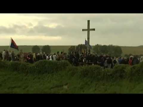 Centenaire de la bataille de la Somme : cérémonie du trou de la mine à La Boisselle