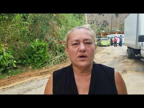 Ayuda en Adjuntas- Huracán María