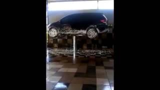 Cuci mobil dengan STEAM SALJU