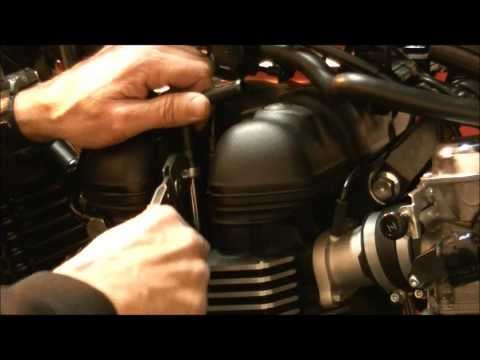 Delboy's Garage, How To;- Triumph Air Injection Removal
