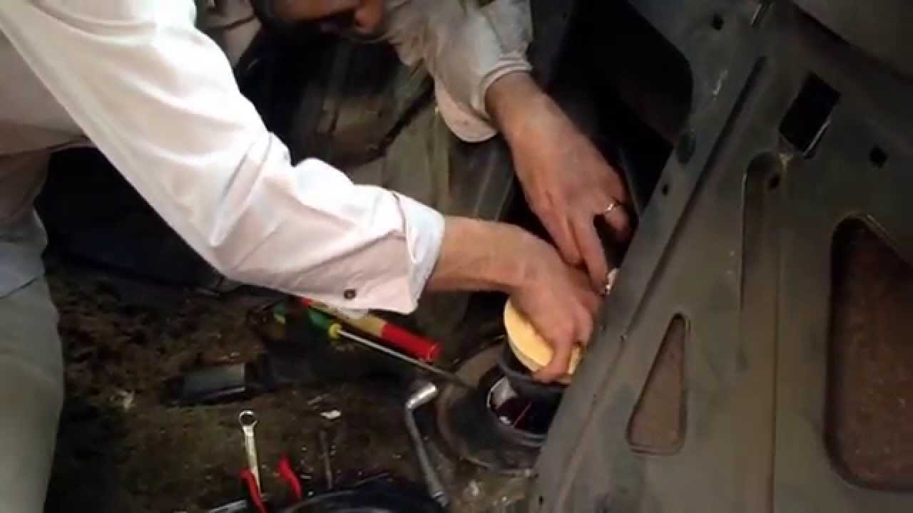 small resolution of how to change alfa romeo 156 fuel pump youtube alfa romeo fuel pump diagram