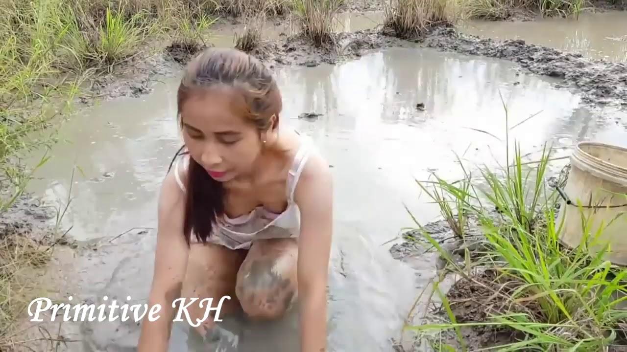 Best Cute Sexy Girl Fishing - Khmer Net Fishing in Cambodia