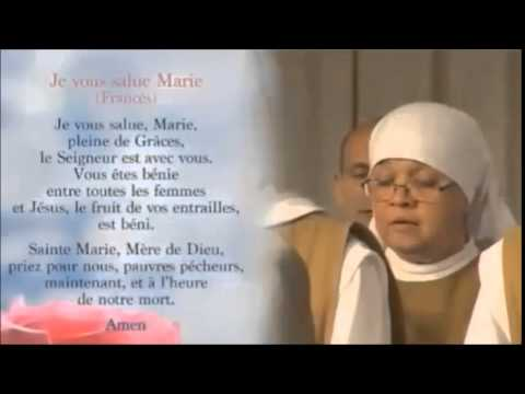 AVE MARIA (Francês)/AVE MARÍA (Francés)/HAIL MARY (French