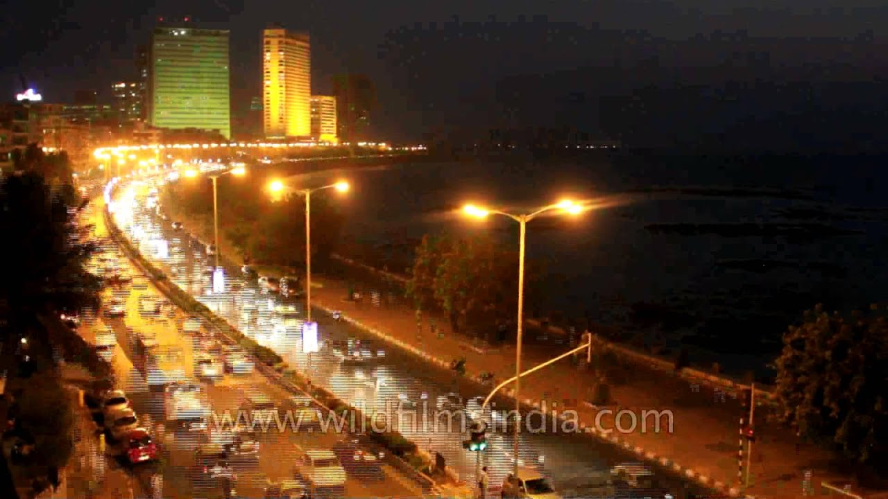 Mumbai time lapse at Marine drive, from day to night