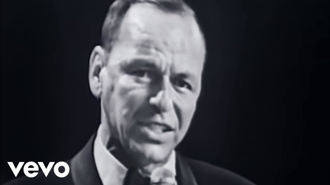 Frank Sinatra - Fly Me To The Moon (Live At The Kiel Opera House, St   Louis, MO/1965)