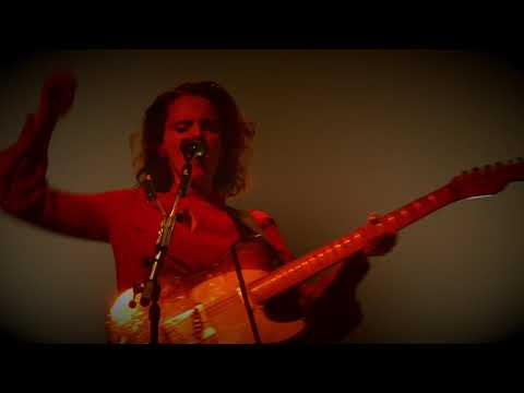 Anna Calvi - I'll Be Your Man mp3