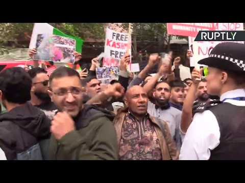 LIVE: Hundreds gather at Trafalgar Square to protest India revoking Kashmir's special status