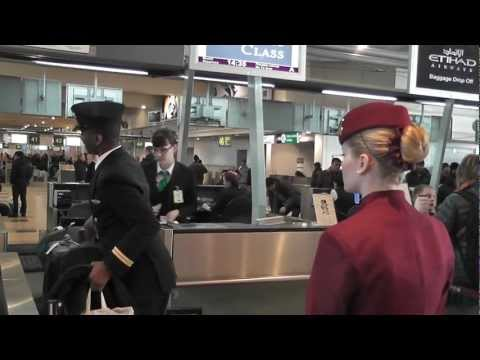 Qatar airways trip report QR869 Полет Москва Доха Катар القطرية DME DOH
