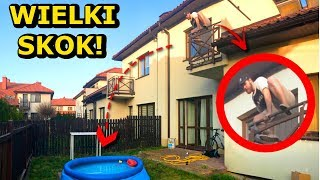 EKSTREMALNY SKOK DO BASENU Z BALKONU! | The highest jump to the swimming pool!