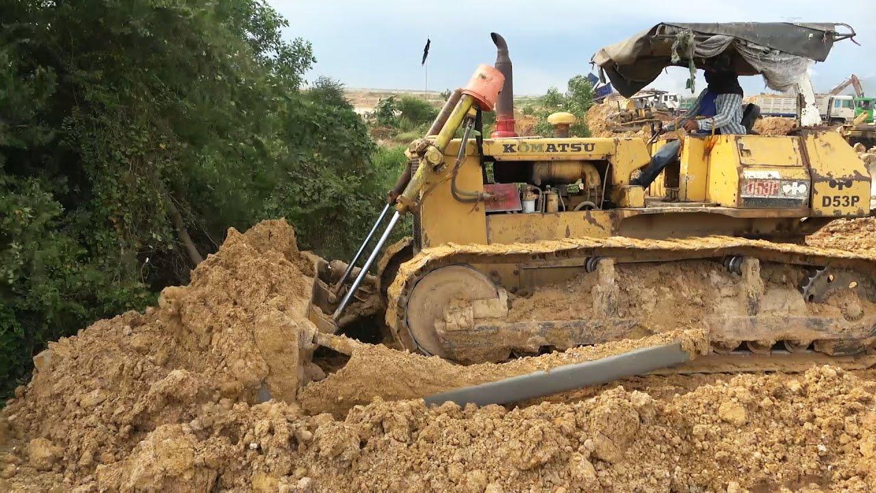 Power Machines Heavy Equipment Bulldozer and Dump Truck Working – Amazing Land Filling Equipment