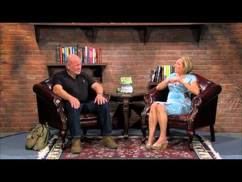Between the Covers: Randy Wayne White (August, 2014) - YouTube