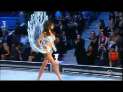 Adam Levine y Anne Vyalitsina desfile de Victoria's Secrets - ANTENA 3 NOTICIAS