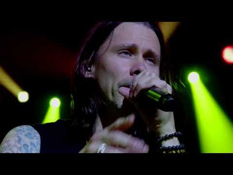 "Slash ft  Myles Kennedy & The Conspirators – ""Mind Your Manners"" Official Music Video"