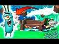 watch he video of Minecraft: TSUNAMI DE PLACKTONS VS RETO DE LA BASE 😱| EN FONDO DE BIKINI | BOB ESPONJA MINECRAFT
