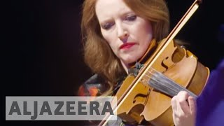 US classical musicians try to strike new chord with youth