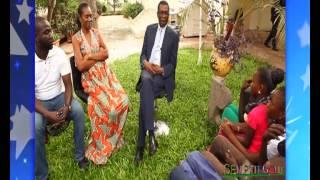Visite des enfants de Sen P'tit Gallé chez Youssou Ndour