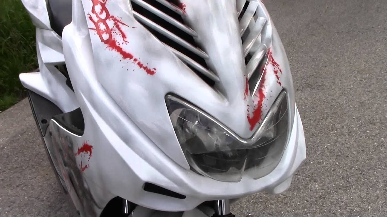 Scooter Bloody 300 Airbrush Custompaint Roller Lackierung Youtube