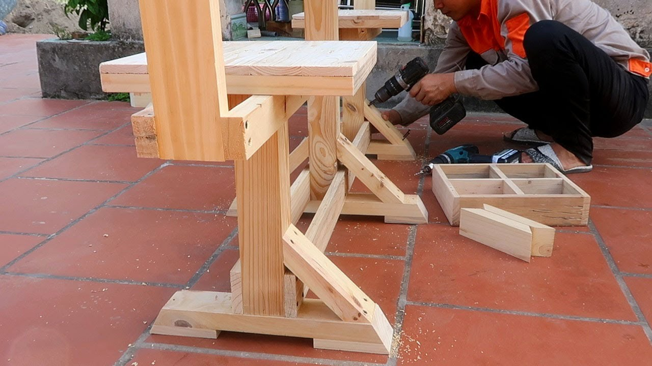 Extremely Interesting & Delicate Wood Processing Pallets Ideas // Outdoor Picnic Wooden Table Plans