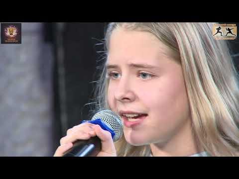 Анна Гумилёва с песней Музыки осталось мало г. Москва