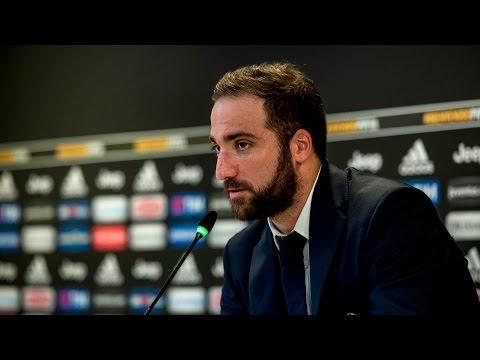 Gonzalo Higuain's press conference
