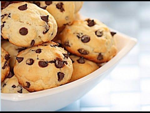 Вопрос: Как испечь печенье с кусочками шоколада?