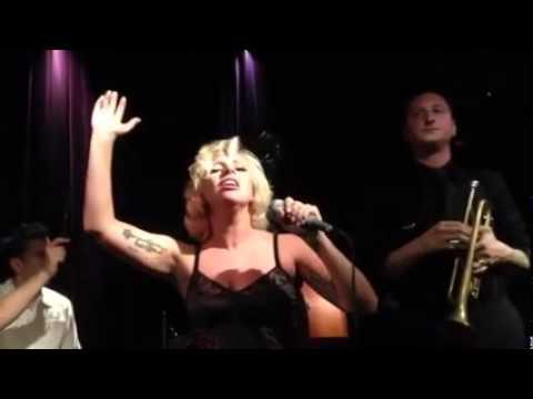 Lady Gaga La vie en rose Edith Piaf Cover @ Jazz Club Copenhague