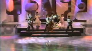 Baila conmigo - popurri en Siempre en Domingo (1992)