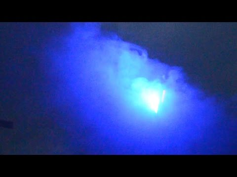 Holy CRAP!! 100 Meter+Sized UFO Alien Craft [Military?] Lights UP UK 2015