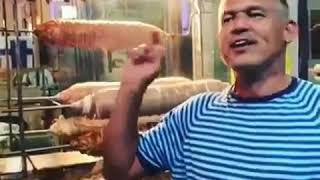 Fethiye, de ilk defa kokoreç ile tanışan İngiliz turist