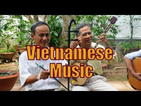 Traditional Vietnamese Singing and Vietnamese Folk Music Live Performance - Mekong Delta, Vietnam