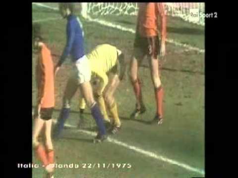 CALCIO ITALIA OLANDA 1a0 1975