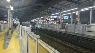 都営5500形 5508編成 京急川崎駅到着発車