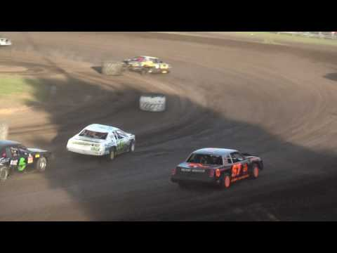 IMCA Stock Car feature Benton County Speedway 6/4/17