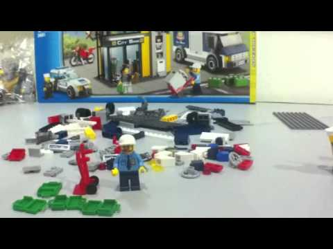 Lego 3661 Bank & Money Transfer. By JuLoRen
