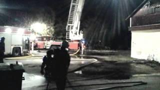 В Нарве полностью выгорело пустующее здание